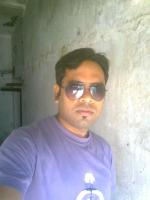 Oriya Bhandari grooms