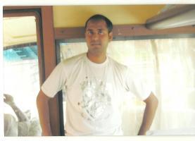 Oriya Kumuti grooms